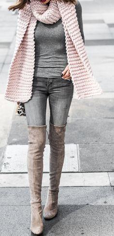 blush chunky scarf