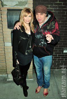 Maureen and Steven Van Zandt, or Gab and Sil Dante. Rock n Roll or Mob. A Bronx Tale, Van Zandt, Lita Ford, E Street Band, Dancing In The Dark, Born To Run, Joan Jett, Beautiful Wife, Bruce Springsteen