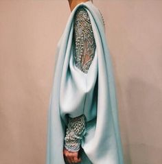 #мода #стиль #вечерниенаряды #дизайнерскийсилуэт #высокаямода #couture #fashion #mypositivestyles #myps