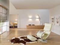 PODŁOGI DREWNIANE DO WNĘTRZ WYPOSAŻONYCH W STYLU NATURALNYM: Głównym wyznacznikiem wnętrz naturalnych jest wyposażenie w oparciu o dominację naturalnych surowców. Stosuje się drewno (o naturalnej, ciepłej barwie), kamień, stal, kute żelazo, a także materiały: len, bawełnę oraz skórę. Beauty Women, Rugs, Home Decor, Farmhouse Rugs, Decoration Home, Room Decor, Home Interior Design, Rug, Home Decoration