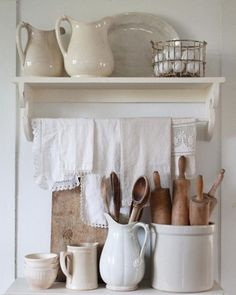 Great Shabby Chic Kitchen Ideas To Get You Started Country Farmhouse Decor, Farmhouse Style Kitchen, Modern Farmhouse Kitchens, Shabby Chic Kitchen, Country Kitchen, Vintage Farmhouse, Farmhouse Ideas, Fresh Farmhouse, Kitchen Rustic