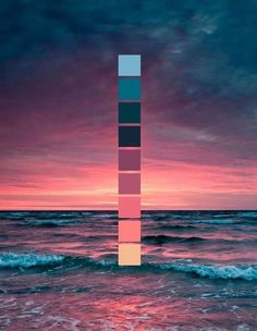 Sonnenuntergang am Meer // Farbschema // Meer, Wellen, rosa Sonnenuntergang Sunset at the sea // color scheme // sea, waves, pink sunset Colour Pallette, Colour Schemes, Color Combos, Sunset Color Palette, Sunset Colors, Pink Sunset, Maroon Color Palette, Pink Palette, Nature Color Palette