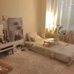 How to Create the Minimalist Dorm Room of Your Dreams - spaces/ interior/ home - Small Room Bedroom, Home Bedroom, Bedroom Design, Room Inspiration, Bedroom Decor, Home Decor, Room Decor, Room Interior, Room Ideas Bedroom