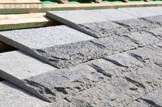 posizionamento tetto in pioda prini