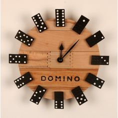 Clock made out of vintage domino game cycleitup upcycl - Wine Bottle Crafts Christmas bottle crafts halloween diy bottle crafts halloween holidays bottle crafts halloween witch Diy Wall Art, Diy Wall Decor, Deco Tv, Diy Clock, Diy Wall Clocks, Clock Decor, Wall Clock Design, Wood Clocks, Diy Wood Projects