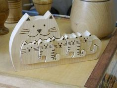 Pets, Home & Garden: Ideal toys for small cats Wood Craft Patterns, Wood Carving Patterns, Wooden Toy Cars, Wood Toys, Cat Crafts, Diy And Crafts, Ideal Toys, Small Wood Projects, Wooden Animals