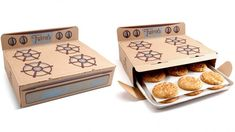 Thelma's Treats is a warm cookie delivery business. - cool packaging - Thelma's Treats is a warm cookie delivery business. Clever Packaging, Cookie Packaging, Food Packaging Design, Packaging Ideas, Bakery Packaging, Cookie Box, Cookie Gifts, Biscuits Packaging, Cookie Delivery