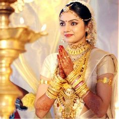 All Film Updates Online, Actress Hot Gallery, Movie Wallpapers: Samvritha Sunil Wedding Marriage Photos,News,Images Indian Wedding Bride, Indian Bridal Wear, South Indian Bride, Bridal Sari, Tamil Wedding, Indian Weddings, Kerala Bride, Hindu Bride, Beautiful Saree