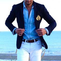 Preppy beach side outfit  navy blazer x denim shirt. #mensstyle #menswear #menwithstyle #menwithclass #mensfashionpost #styleiswhat #sartorial #bespoke #sprezzatura #dapper #dapperstyle #preppy #preppystyle #beachside #beachattire #mylondon