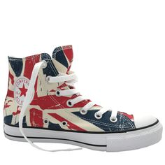 I wants these Converse so bad... haha, gotta continue to add to the collection!