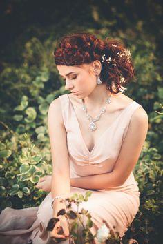 Jewelry/Accessories: ederajewelry.com | Photography: lacandellaweddings.com | Weddingdress: www.celia-grace.com | Hair and Makeup: Alta Organic Salon