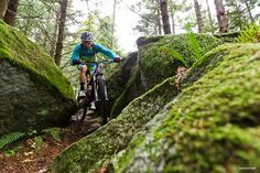 manuvering through the rocks - Wade Simmons. Bellingham, WA