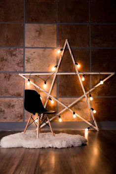 30 Beautiful New Year's Eve Home Decorating Ideas - Buzz Hippy Christmas Photo Booth, Christmas Photos, Christmas Themes, Christmas Decorations, Cool Christmas Ideas, Christmas Photo Backdrops, Decoration Photo, Home Studio Photography, Christmas Photography