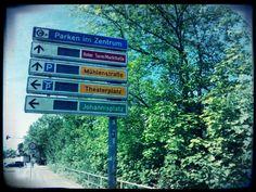 Das Parkleitsystem von #Chemnitz war gut 10 Jahre alt - Jetzt ist es für immer kaputt! Ist die #Straßenbahn das nächste Opfer? #SchichtImTechnikschacht Chemnitz, 10 Years, Main Hoon Na