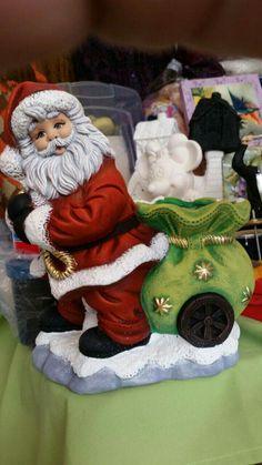 Cerámica Christmas Clay, Vintage Christmas, Christmas Ornaments, Vintage Santa Claus, Vintage Santas, Ceramica Exterior, Ballerina Party Decorations, Sculpture Techniques, Ceramic Bisque