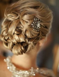 Bridal Boutique: Wedding Hairstyles - Holly Madison