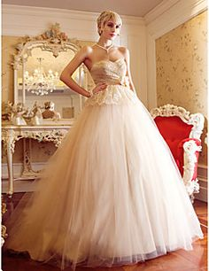 A-line Princess Sweetheart Sweep/Brush Train Wedding Dress. Get unbelievable discounts up to 70% Off at Light in the box using Coupons.