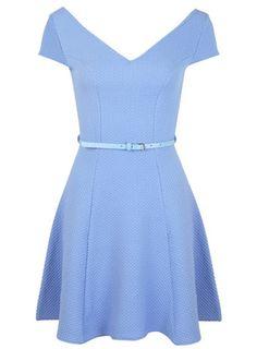 Blaues, ausgestelltes Bardot-Kleid