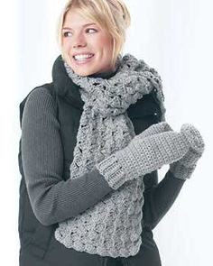 Chunky Crochet Mittens and Scarf: free pattern