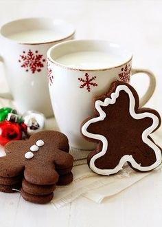 Chocolate Gingerbread Cookies | #christmas #xmas #holiday #food #desserts