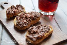 Crostini di fegatini toscani - tipical tuscany liver toast    La ricetta a #firenze senza la quale non è festa! #ricetta #recipe #receita #italianfood #tuscany
