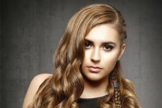 Image from http://content.latest-hairstyles.com/wp-content/uploads/2015/08/Light-Brown-Haircolor-with-Warm-Highlights-500x333-14484535362.jpg.