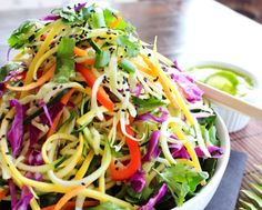 Mango Ginger Pad Thai: perfect combination of sweet and spicy (raw, vegan).
