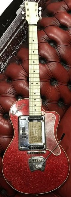1960s Hagstrom P46 --- https://www.pinterest.com/lardyfatboy/