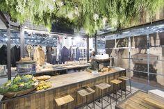 Garcia Jeans, retail design, interior design, booth, fair, Panorama Berlin, concept, design, production, installation, visual merchandising #fashion #FW16 #denim #jeans #vm #plants #visuals #retail #design