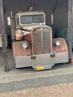 Big Rig Trucks, Semi Trucks, Old Trucks, Antique Trucks, Antique Cars, Kenworth Trucks, Trucks And Girls, Barn Finds, Custom Trucks