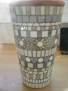 White and grey mosaic pot