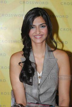 Sonam Kapoor - cute side braid
