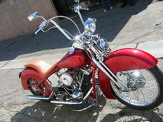 As you can see the 1979 Harley Davidson Custom Motorcycle for sale is painted a brilliant candy apple red. Classic Harley Davidson, Vintage Harley Davidson, Harley Davidson Motorcycles, Motos Harley, Harley Bikes, Cool Motorcycles, Vintage Motorcycles, Red Paint Colors, Harley Davison