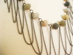 How to Make a Draped Chain Necklace from Luxe DIY. #Wire #Jewelry #Tutorials