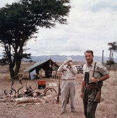 Hunter Reggie Destro and Arnold Newman, Nairobi, Kenya, 1960, by Slim Aarons