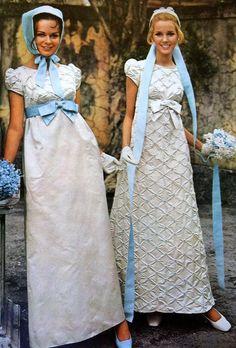 6 Beautiful Wedding Dress Trends in 2020 Vintage Gowns, Vintage Bridal, Vintage Outfits, Vintage Weddings, 1960s Fashion, Vintage Fashion, Korean Fashion, Look Gatsby, Bridal Dresses