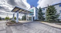Motel 6 - Toronto West - Burlington - Oakville Burlington Within 5 km of the Burlington Convention Center, this Ontario motel offers guests convenient amenities such as free local calls and free morning coffee service.