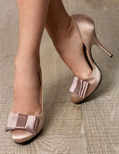 LANVIN Bow-detail shoe