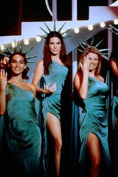 Sandra Bullock (as Gracie Hart) in Miss Congeniality (2000)