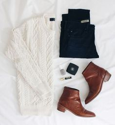 perfect fall outfit. white comfy sweater, brown boots and black pants.