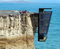Cliff House, similar to one I design in my first semester of architecture grad-school at UB! Unusual Buildings, Interesting Buildings, Amazing Buildings, Amazing Houses, Architecture Cool, Sustainable Architecture, Crazy Home, Cliff House, Living On The Edge