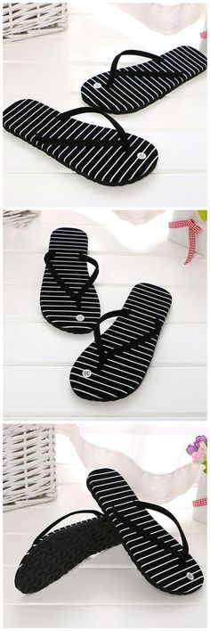 4c8e36b9e These flip-flops are further fitted with a contoured foot-bed to ensure  support