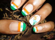 Show your patriotic side with Tricolor Nails