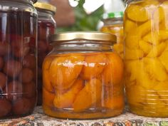Inventing your own pickle, jelly, chutney or sauce recipe is one of the joys of food preservation. But how do you know if your recipe safely preserves the food? Here's how to tell when you can improvise vs. when you need to stick to the rules.