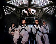 """Viaje Fantástico"" (""Fantastic Voyage"", 1966). Dir. Richard Fleischer. Stars: Stephen Boyd, Raquel Welch, Edmond O'Brien, Donald Pleasence."