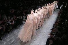 FOTOS: 8 trends que dejó Paris Fashion Week