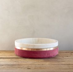 Dure Bowl in White Marble, Casted Bronze and Pink Suede by Michael Verheyden White Marble, Dog Bowls, Decorative Accessories, Serving Bowls, Objects, It Cast, Bronze, Tableware, Pink