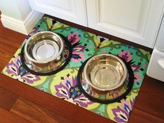 Simple and revisable, doggie mat made out of of laminated cotton!