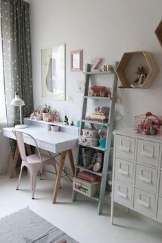 biurko dla dziecka Barbie House Furniture, Home Furniture, Boys Room Colors, Cedar Room, Little Girl Rooms, Boy Room, Interior Design Living Room, Kids Bedroom, Room Inspiration
