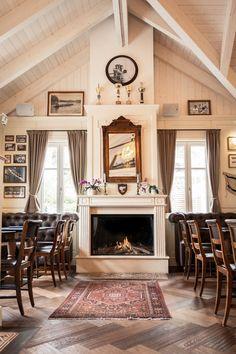 Galerie - Landtmann's Bootshaus Places To Eat, Drink, Home Decor, Boathouse, Beverage, Decoration Home, Room Decor, Home Interior Design, Home Decoration